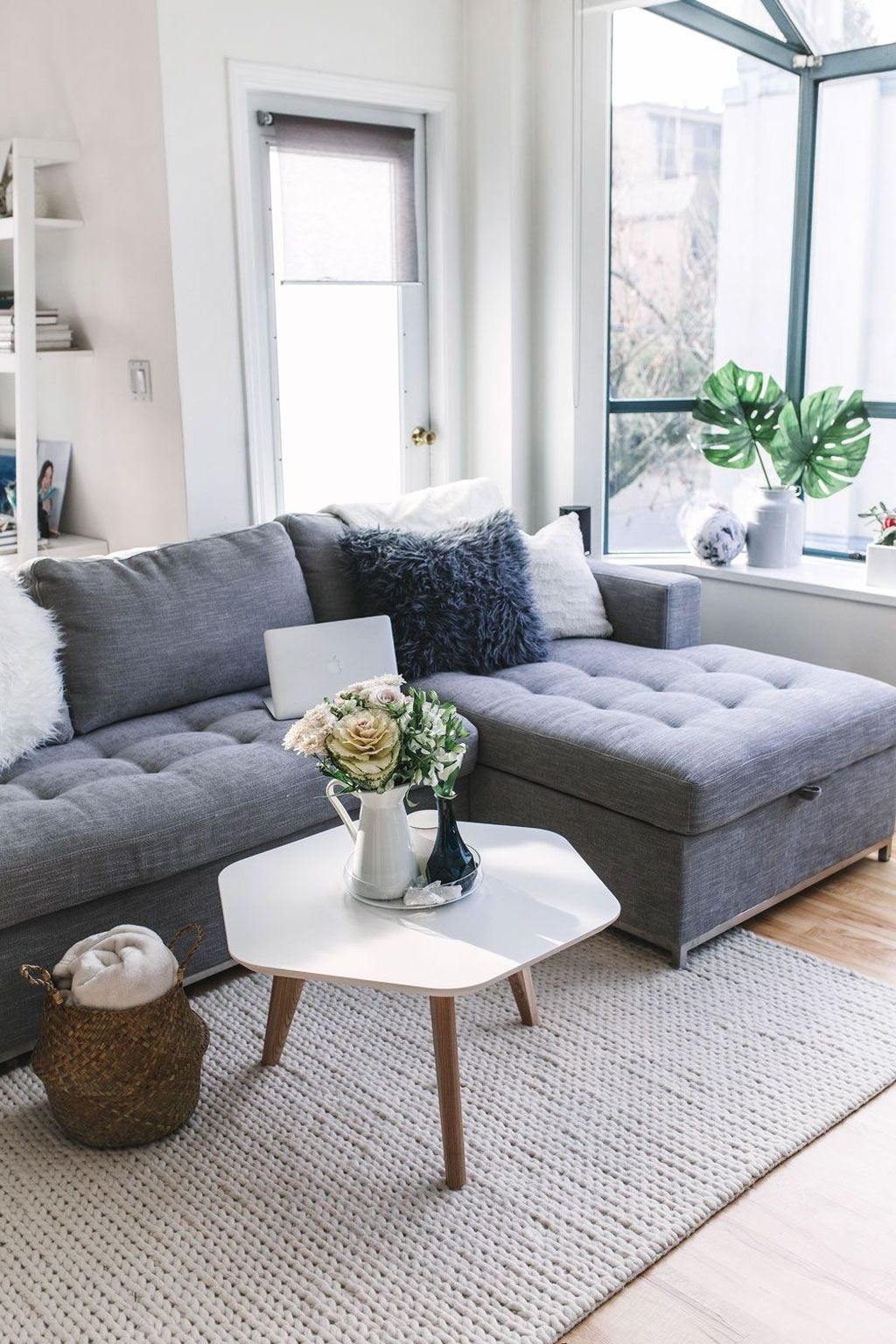 Inspiring Living Room Ideas For Small Space 14 - HOMYHOMEE on Small Living Room Ideas 2019  id=54677