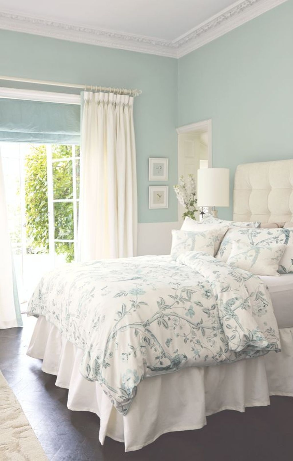 Perfect Spring Bedroom Decorating Ideas 45