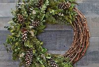 Awesome Winter Door Wreaths You Can Try This Season 43