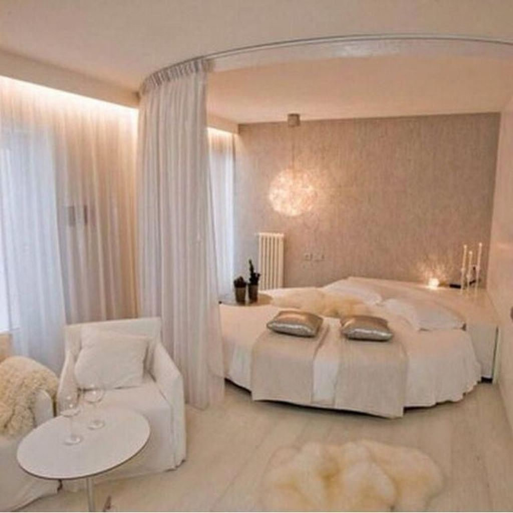 Stunning Romantic Bedroom Decor Ideas You Will Love 28