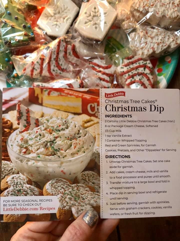 Christmas Tree Cake Dip