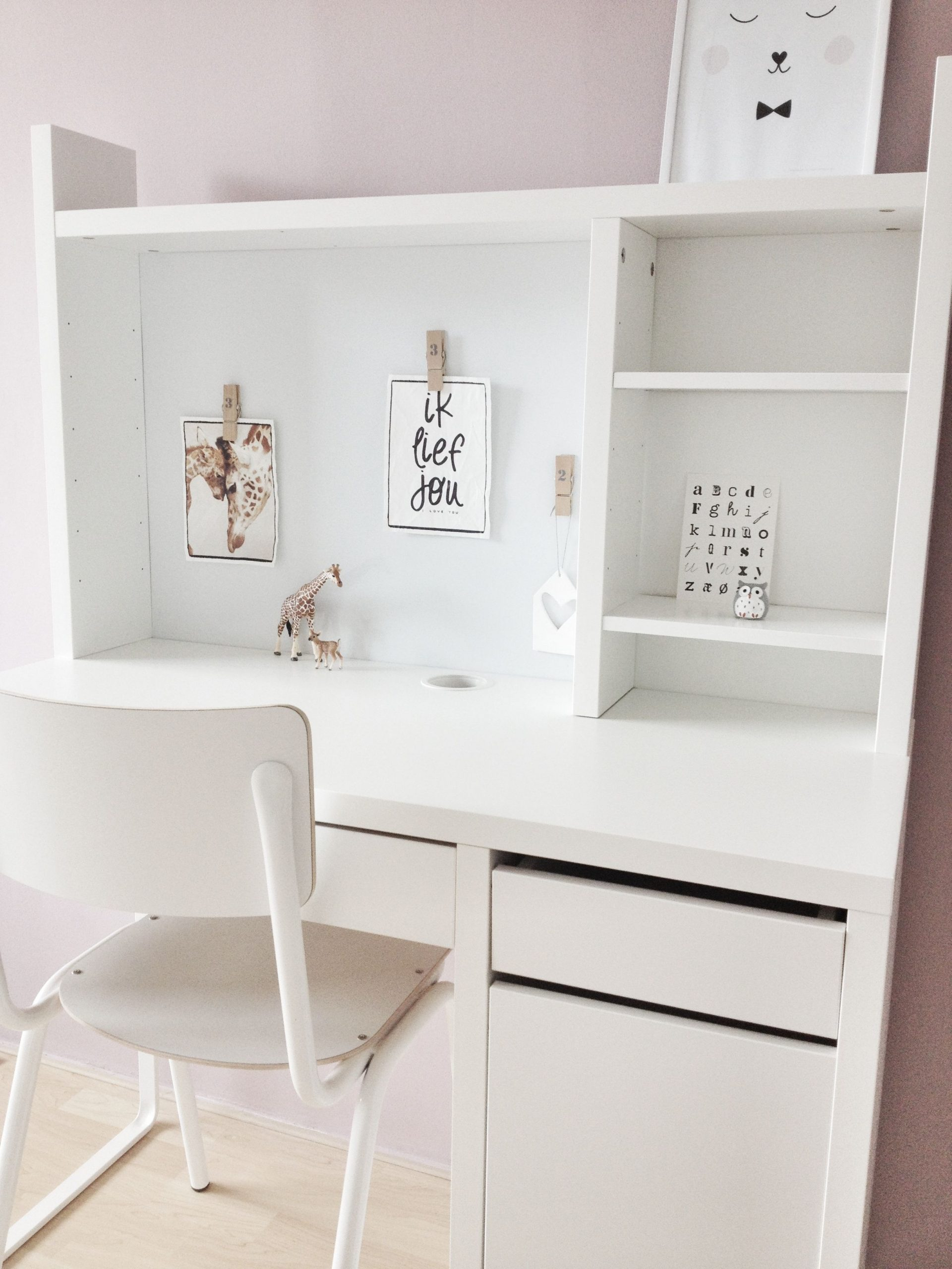 Small White Desk For Bedroom